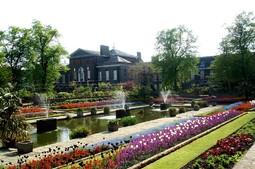 kensingtonpalacegarden1.jpg